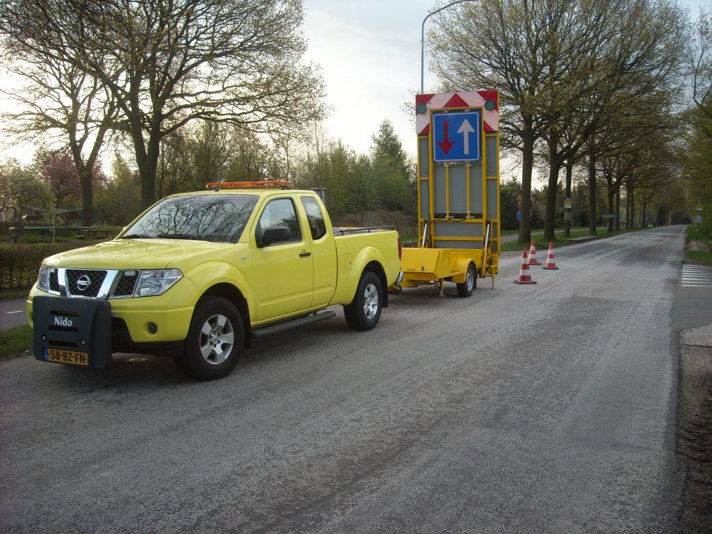 Patje Serive Auto-ambulance en materiaalvervoer